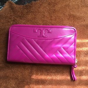 Tory burch hand bag wallet party fucsia